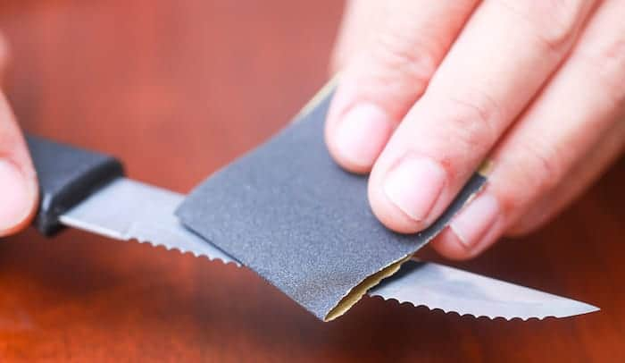 filing-a- serrated-edge-knife