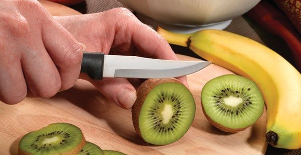 paring-knife-slicing-kiwi