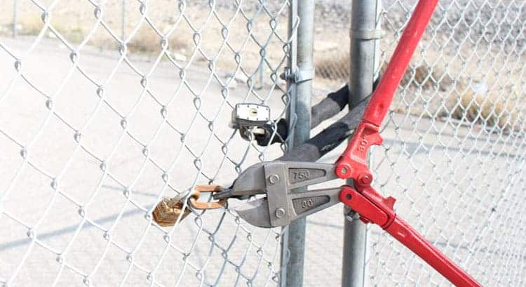 bolt cutter uses