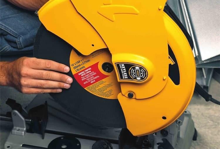 easy-blade-change-on-a-chop-saw